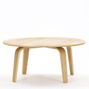 Konferenční stolek Moulded Table