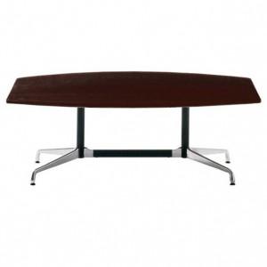 Jednací stůl s dřevěnou deskou
